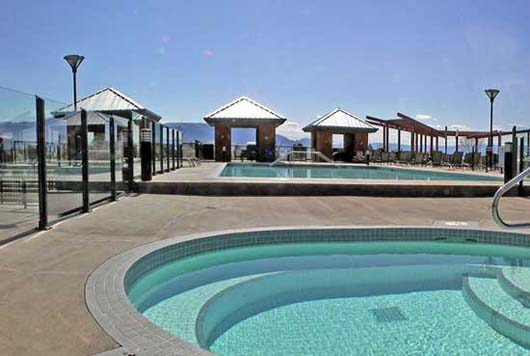 Playa del Sol #544 - 1 Bdrm + Den Creekside - Kelowna (KRA)