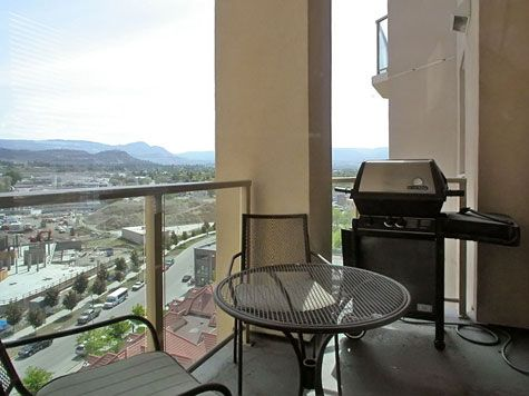 Sunset Waterfront Resort - #1204 - 2 Bdrm - Kelowna (KRA)