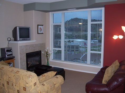 Sunset Waterfront Resort - #1404 - 2 Bdrm - Kelowna (KRA)