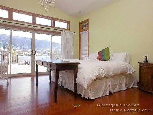 Oyama Platinum Home - 4 Bdrm w/Pool - Oyama
