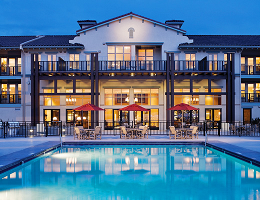 Walnut Beach Resort - 2 Bdrm - Lake View (Shiraz) - Osoyoos