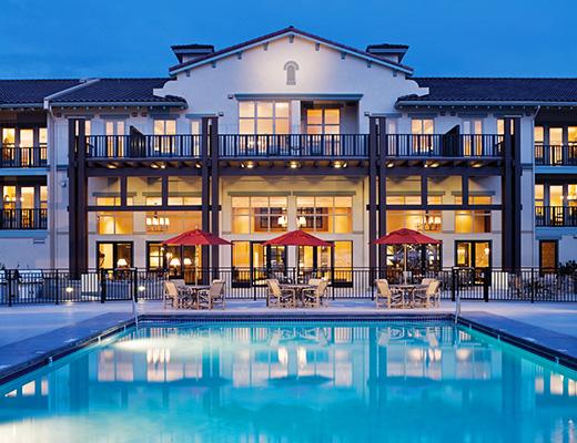 Walnut Beach Resort - Studio - Mountain View - Osoyoos