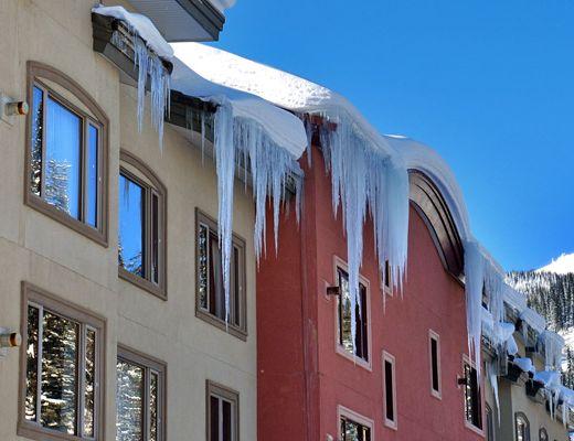 Nancy Greene's Cahilty Hotel & Suites - 2 Bdrm - Sun Peaks