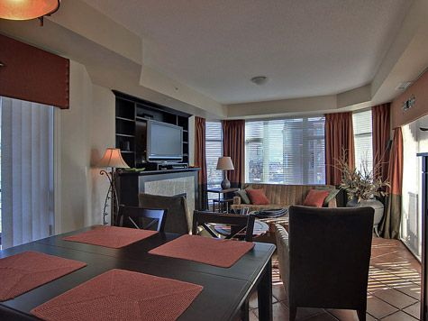 Sunset Waterfront Resort - #1403 - 1 Bdrm - Kelowna (KRA)