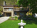 Okanagan Centre Lake House - 2 Bdrm + Den - Lake Country