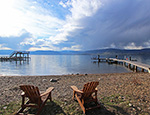 Lakeshore Cottage - 3 Bdrm + Cabin w/ 2 Boat Lifts - Kelowna